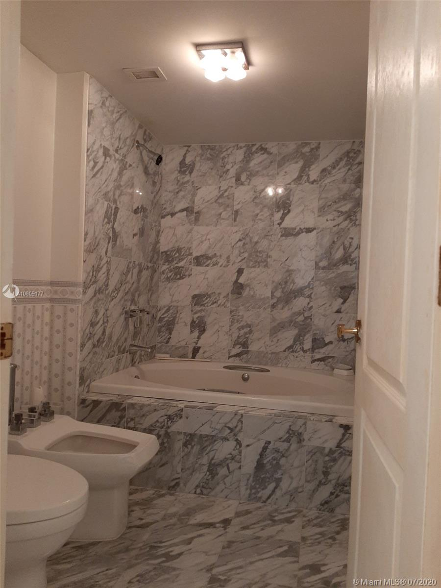 5757 SW Collins Ave #1603 photo058