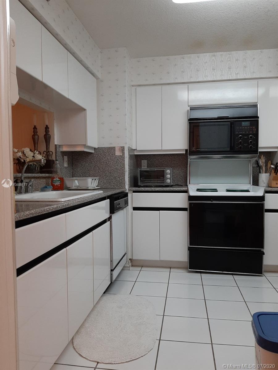 5757 SW Collins Ave #1603 photo048
