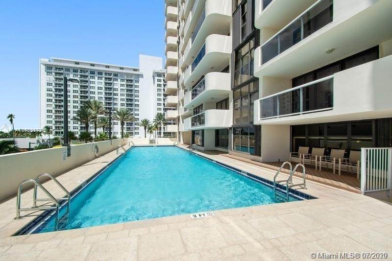 5757 SW Collins Ave #1603 photo021