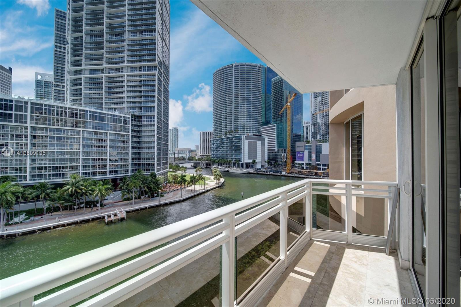 901 Brickell Key Blvd #704 photo042