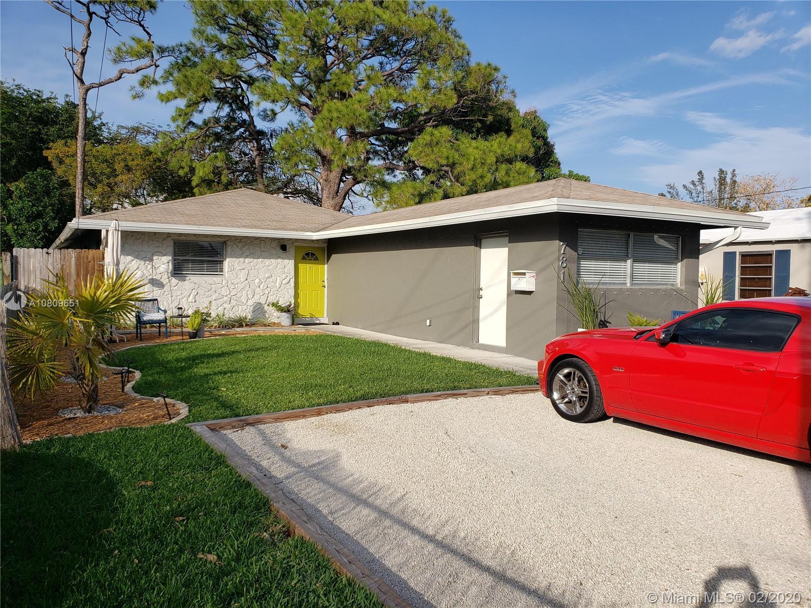 781 NE 37th St - Oakland Park, Florida
