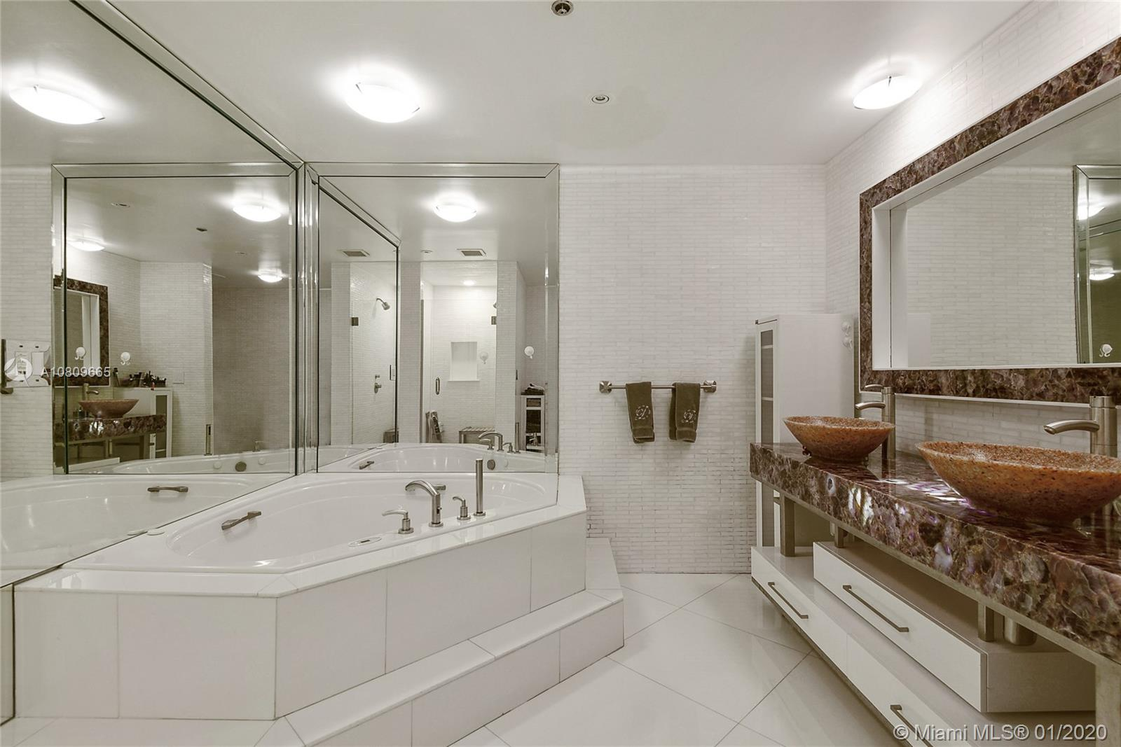 10205 Collins Ave #1701 photo08