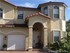 Islands At Doral - 11174 NW 78th Ln, Doral, FL 33178
