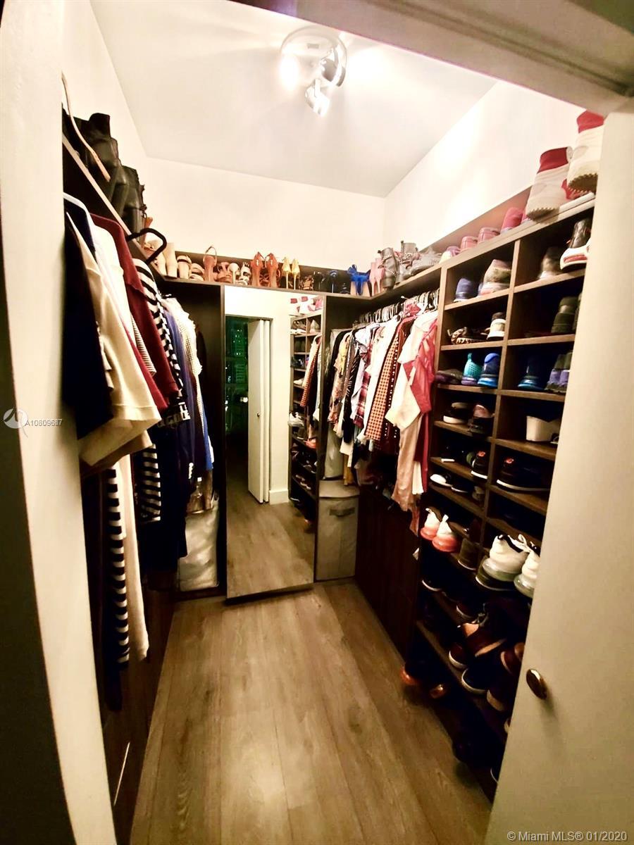 951 Brickell Av #3301 photo012
