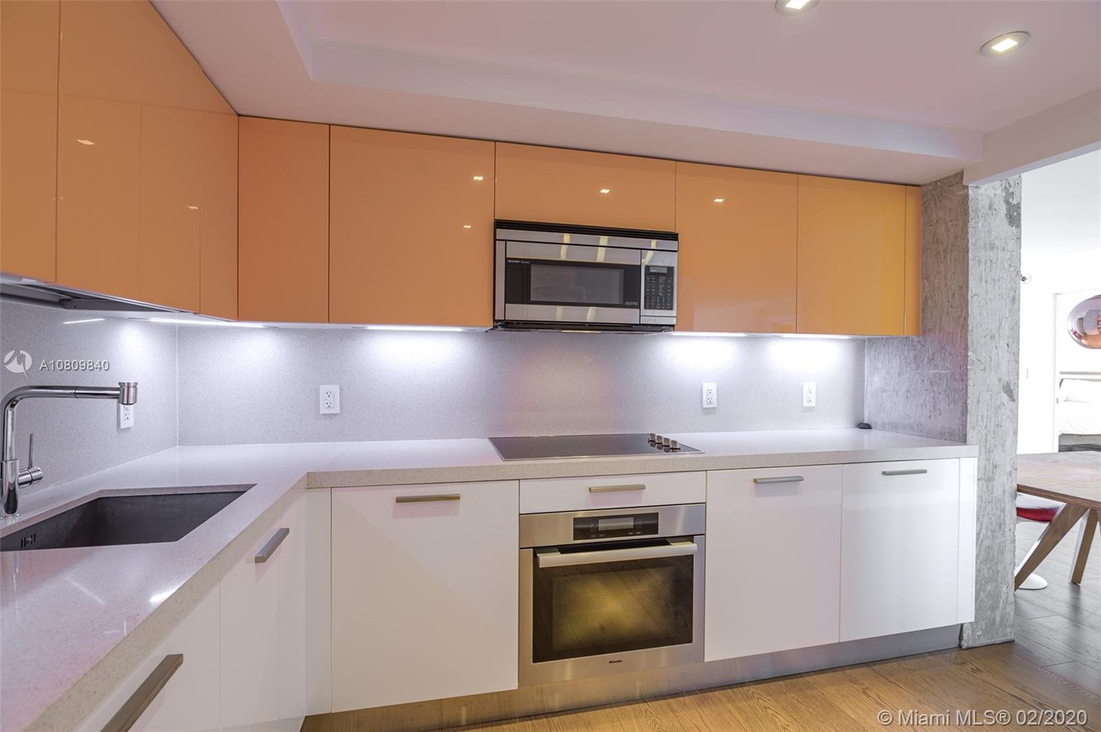 5555 Collins Ave #8H photo022