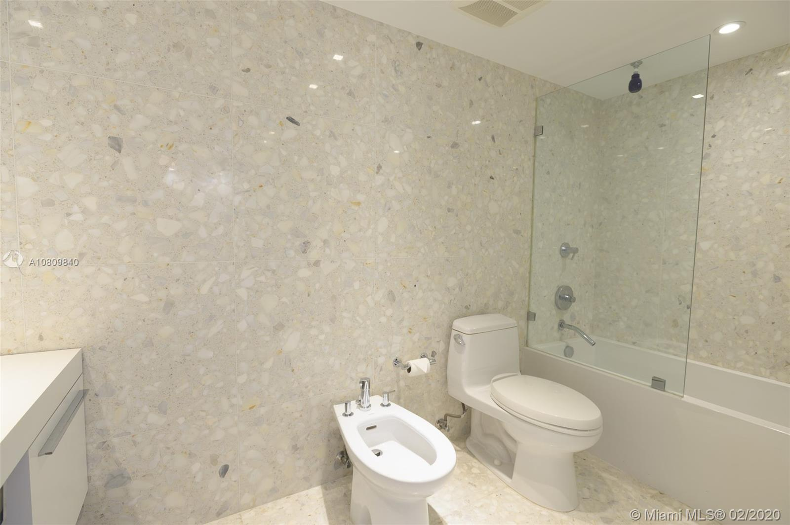 5555 Collins Ave #8H photo015