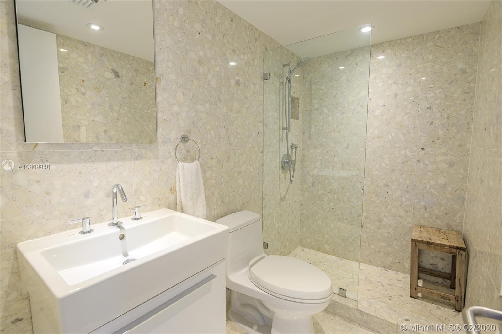 5555 Collins Ave #8H photo021