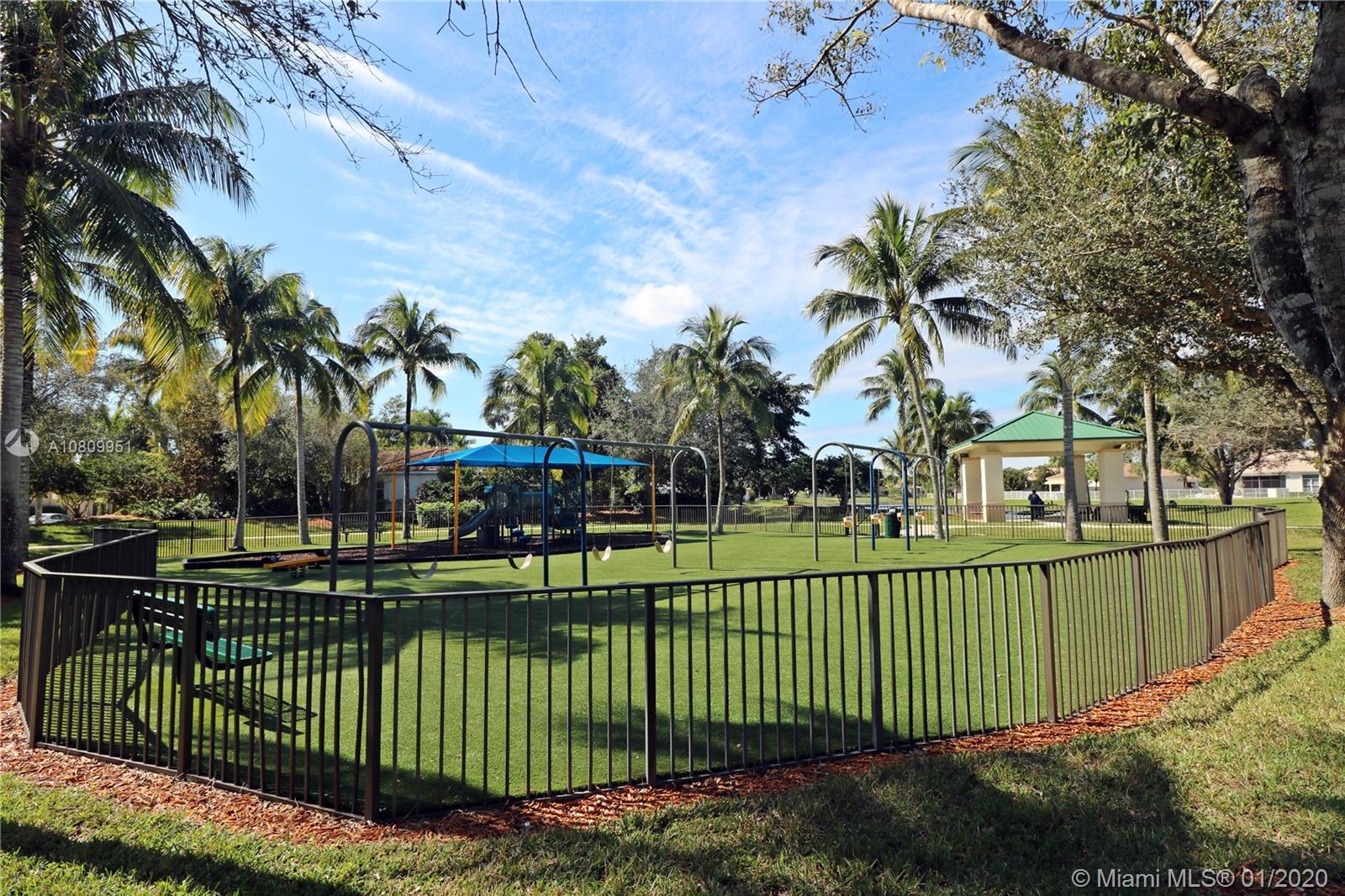 2557 Jardin Terrace photo045