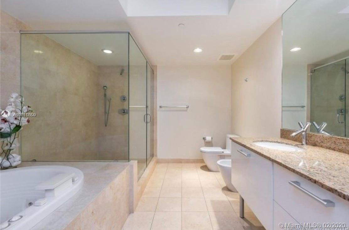 17201 Collins Ave #1107 photo011