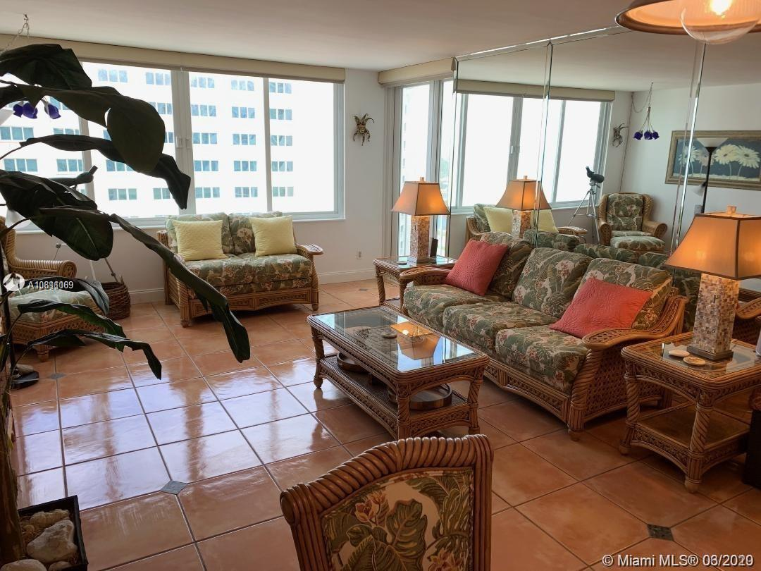 5401 Collins AVE #912 photo011