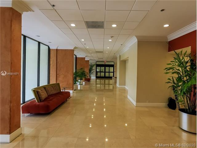 1901 Brickell Ave #B1404 photo01