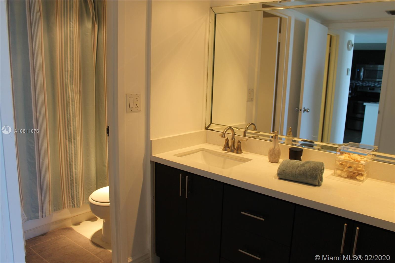 100 Bayview Dr #1610 photo08