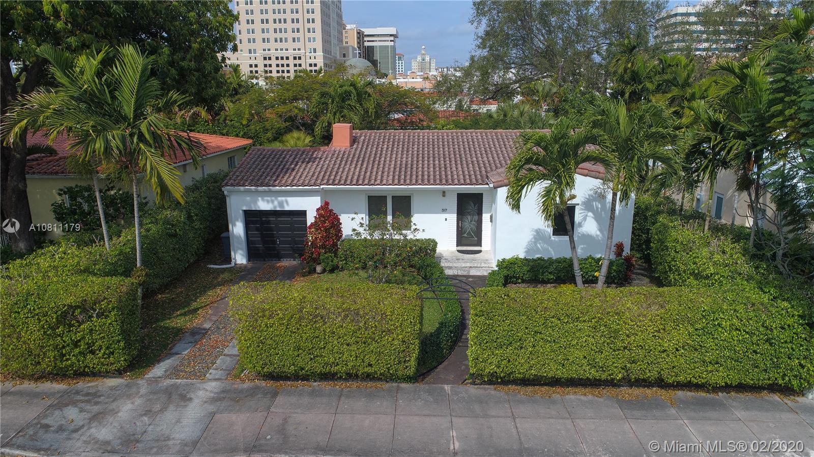317 Malaga Ave, Coral Gables, Florida 33134, 2 Bedrooms Bedrooms, ,2 BathroomsBathrooms,Residential,For Sale,317 Malaga Ave,A10811179
