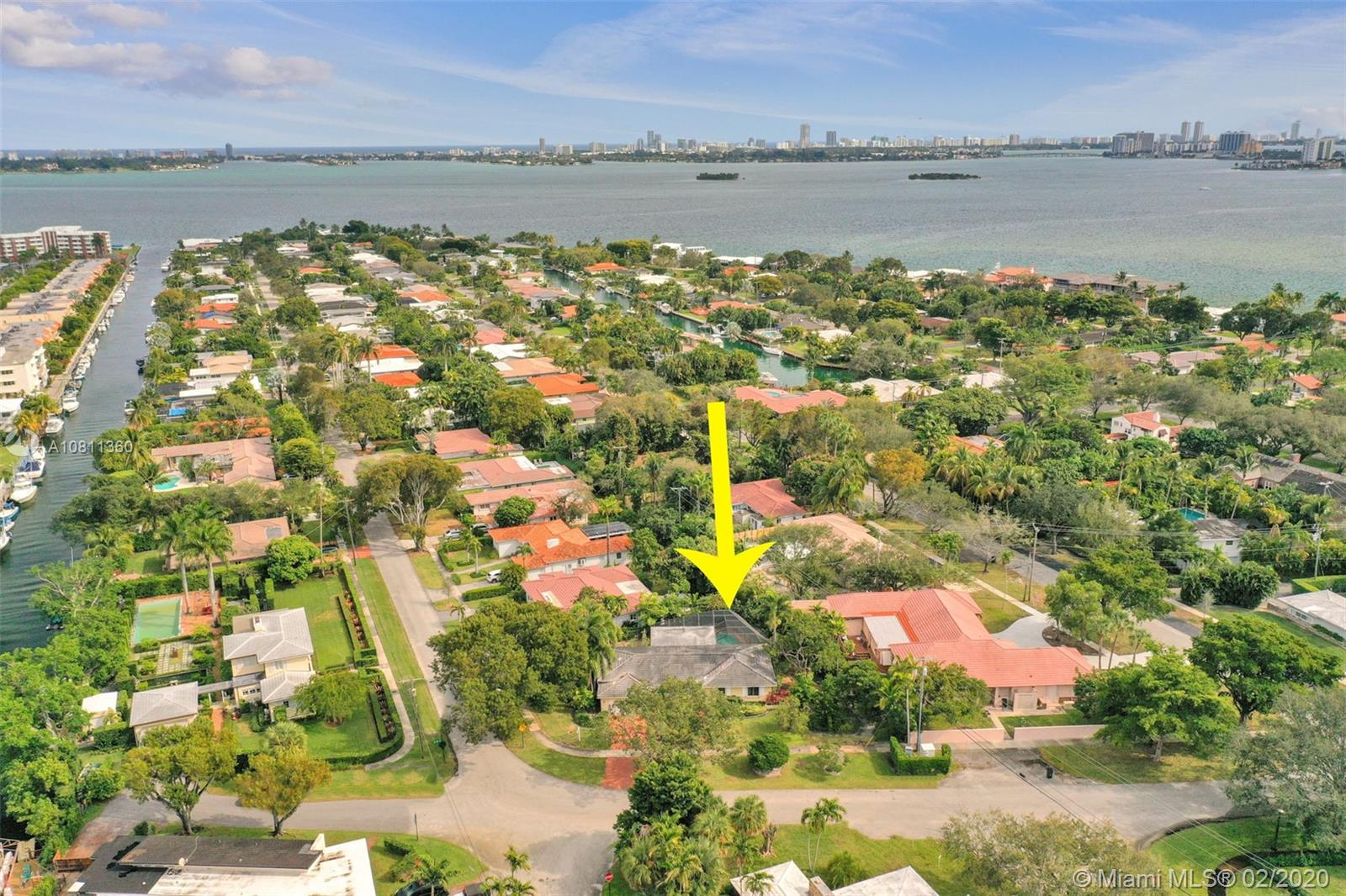 Property for sale at 10395 NE 12th Ave, Miami Shores,  Florida 33138