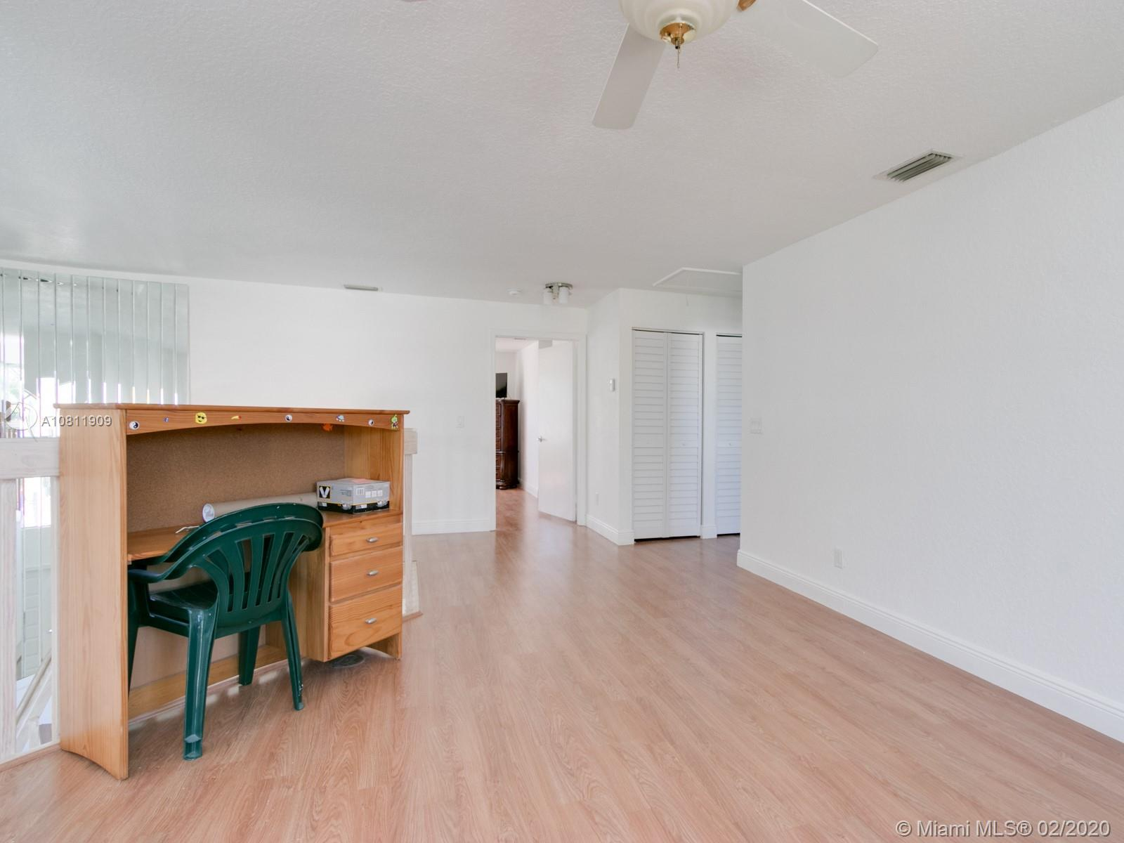 1201 NW 180th Avenue photo041