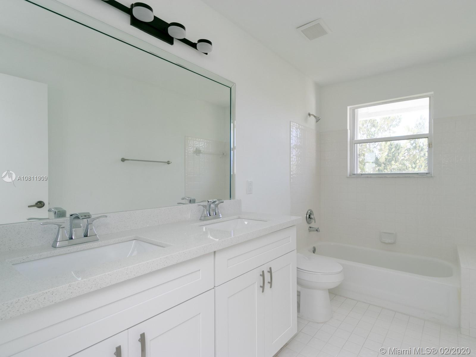 1201 NW 180th Avenue photo048