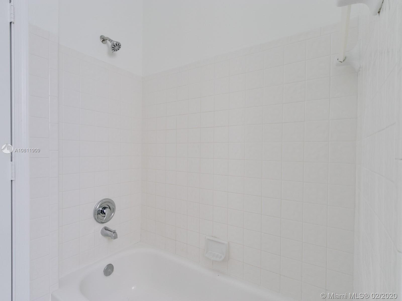 1201 NW 180th Avenue photo029