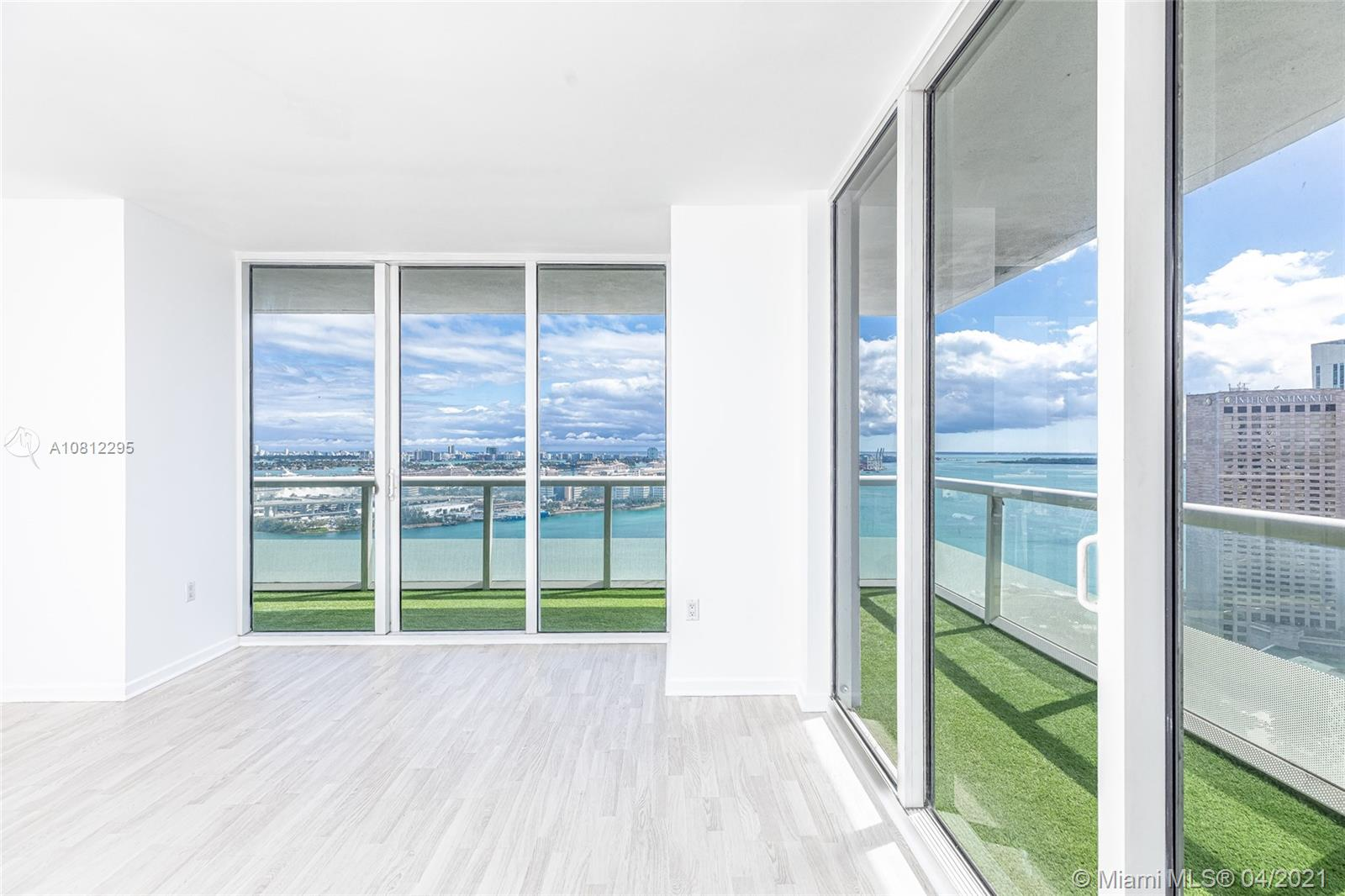 Photo of 50 Biscayne Blvd #2910 listing for Sale