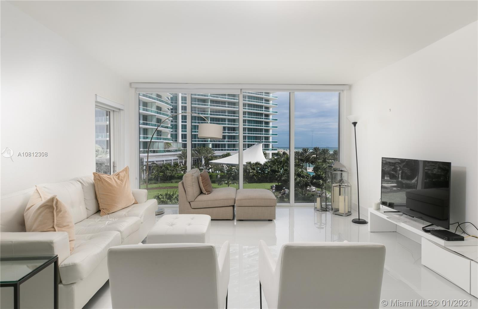 10275 Collins Ave #408 photo03