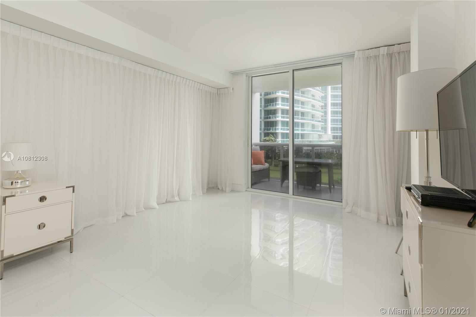 10275 Collins Ave #408 photo010