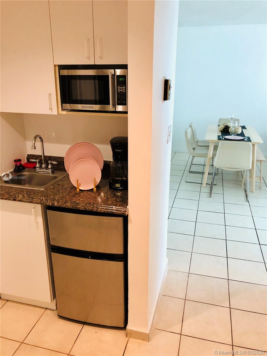 5445 Collins Ave #1205 photo08