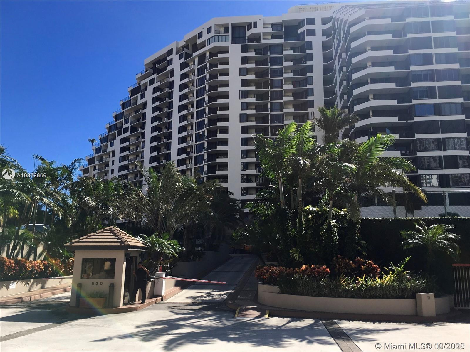 520 Brickell Key Dr #A702 photo01