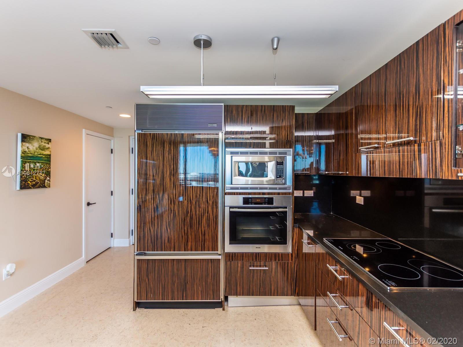 6799 Collins Ave #1401 photo020