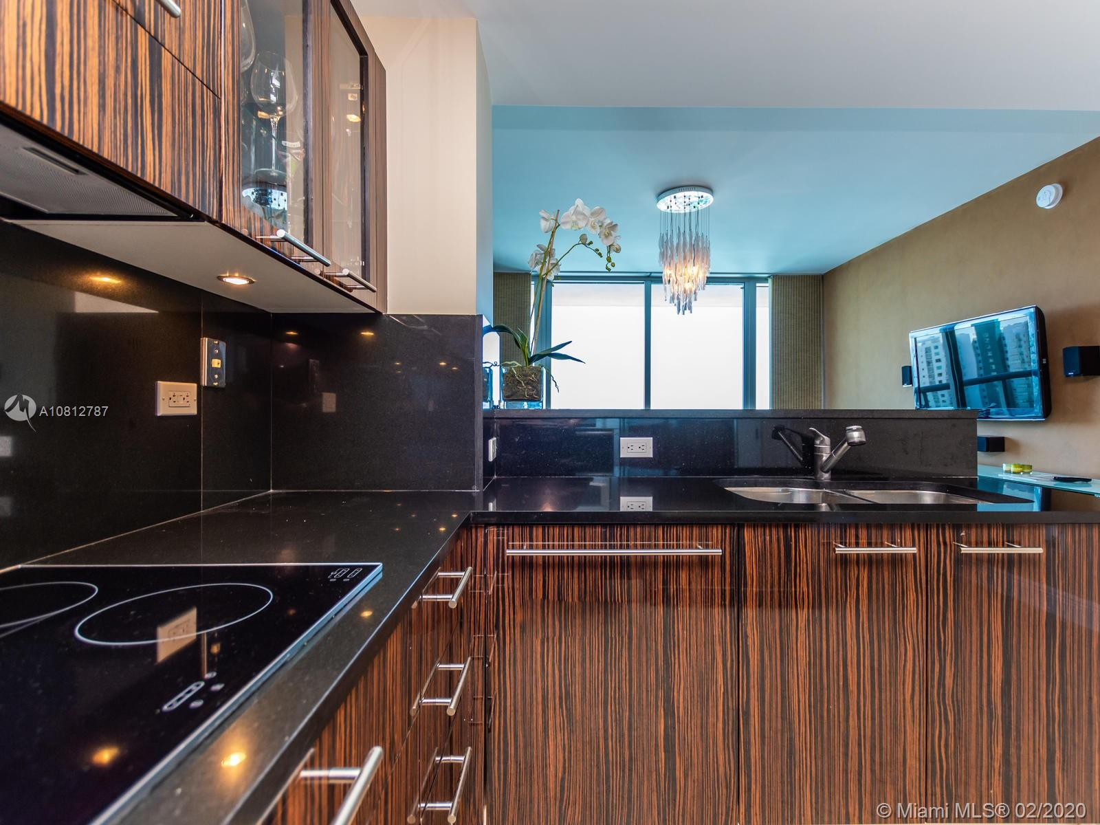 6799 Collins Ave #1401 photo019