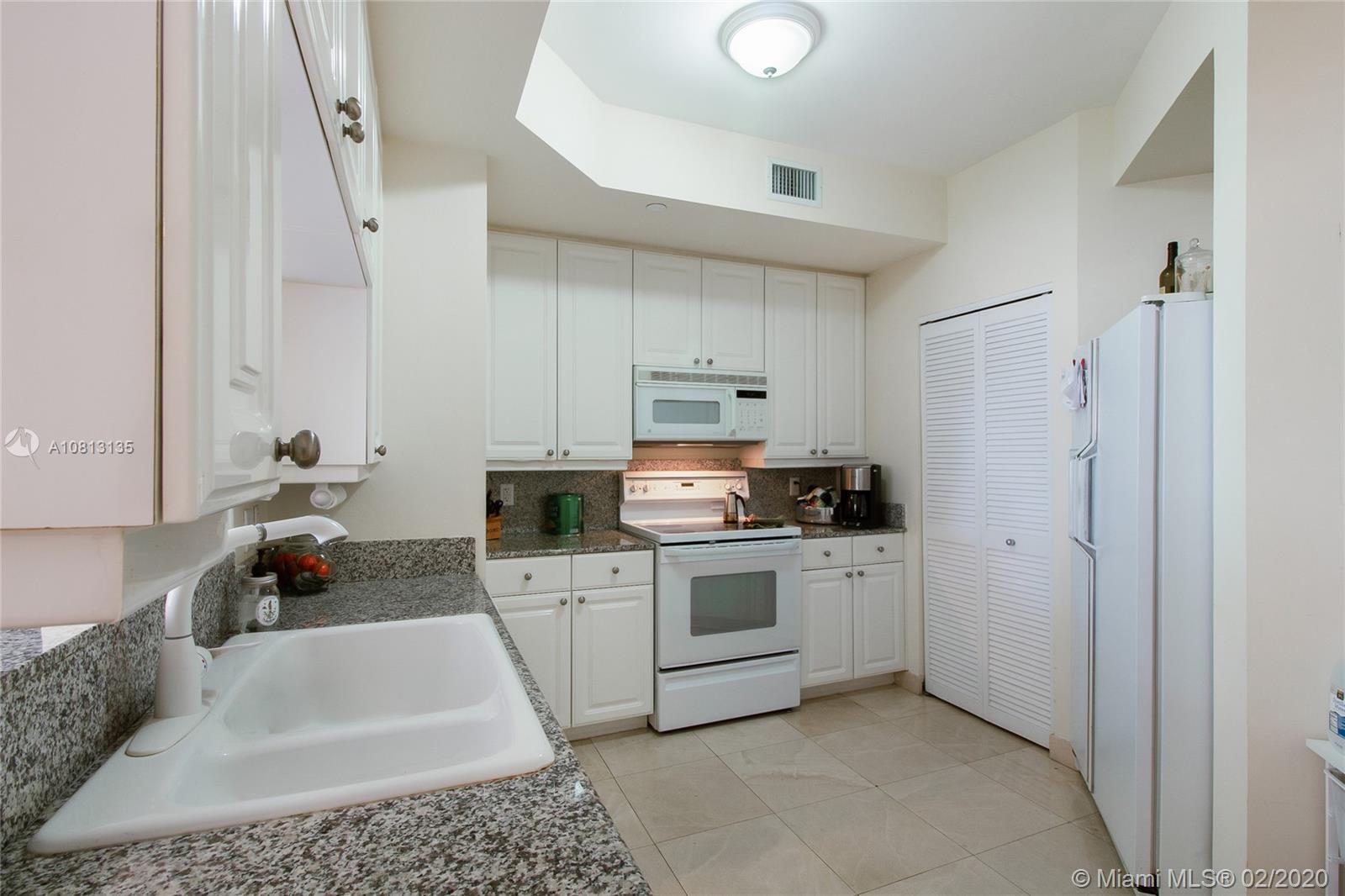 888 Brickell Key Dr #709 photo07