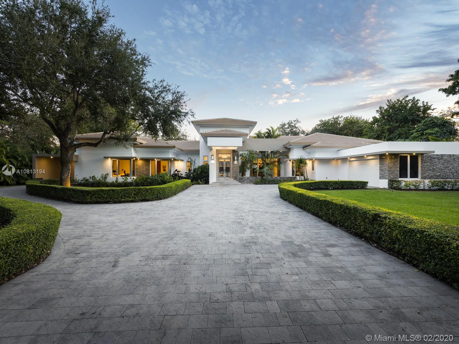 Oakridge Estates - 6800 SW 112th St, Pinecrest, FL 33156