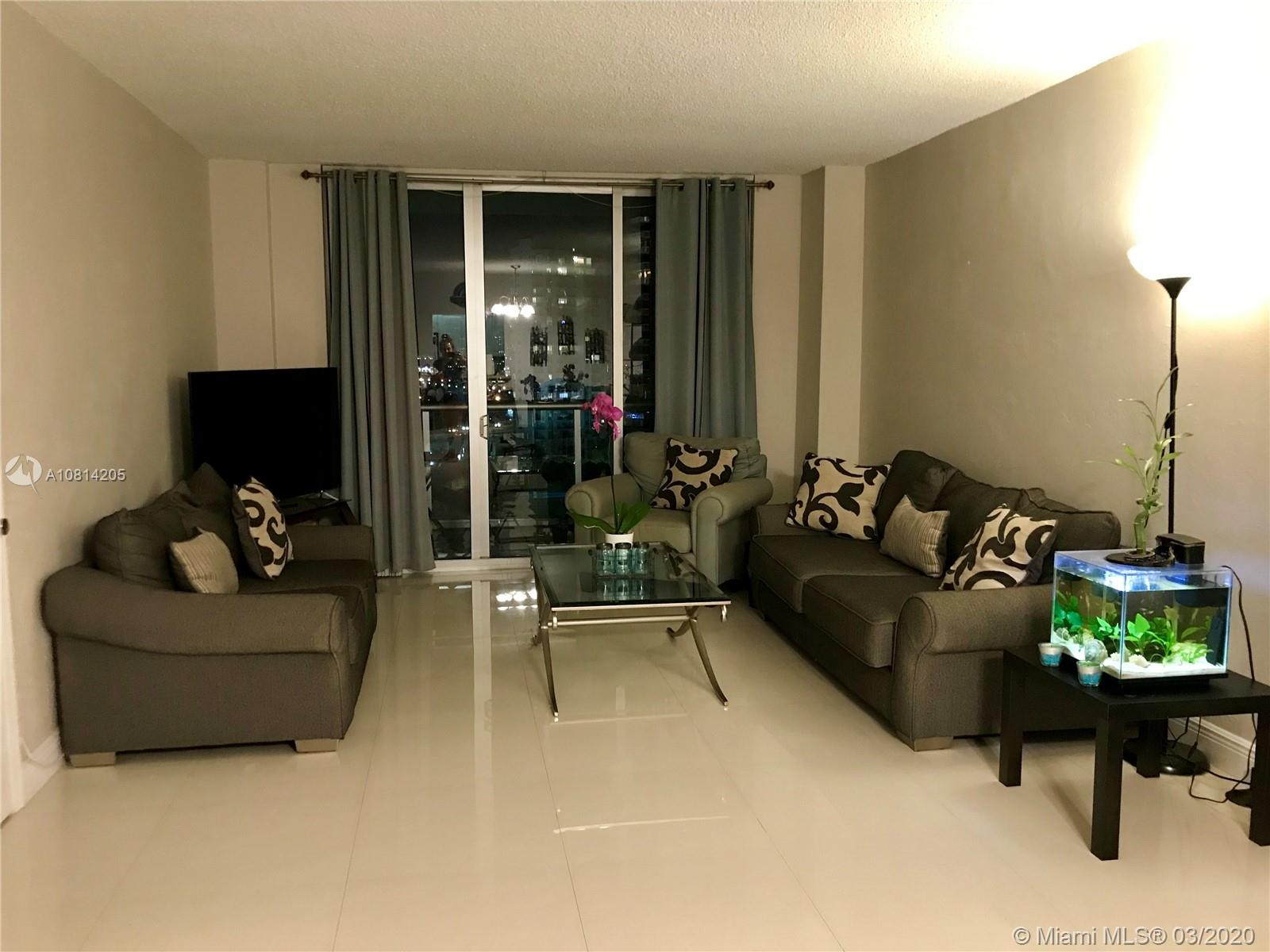 19390 Collins Ave #1511 photo04