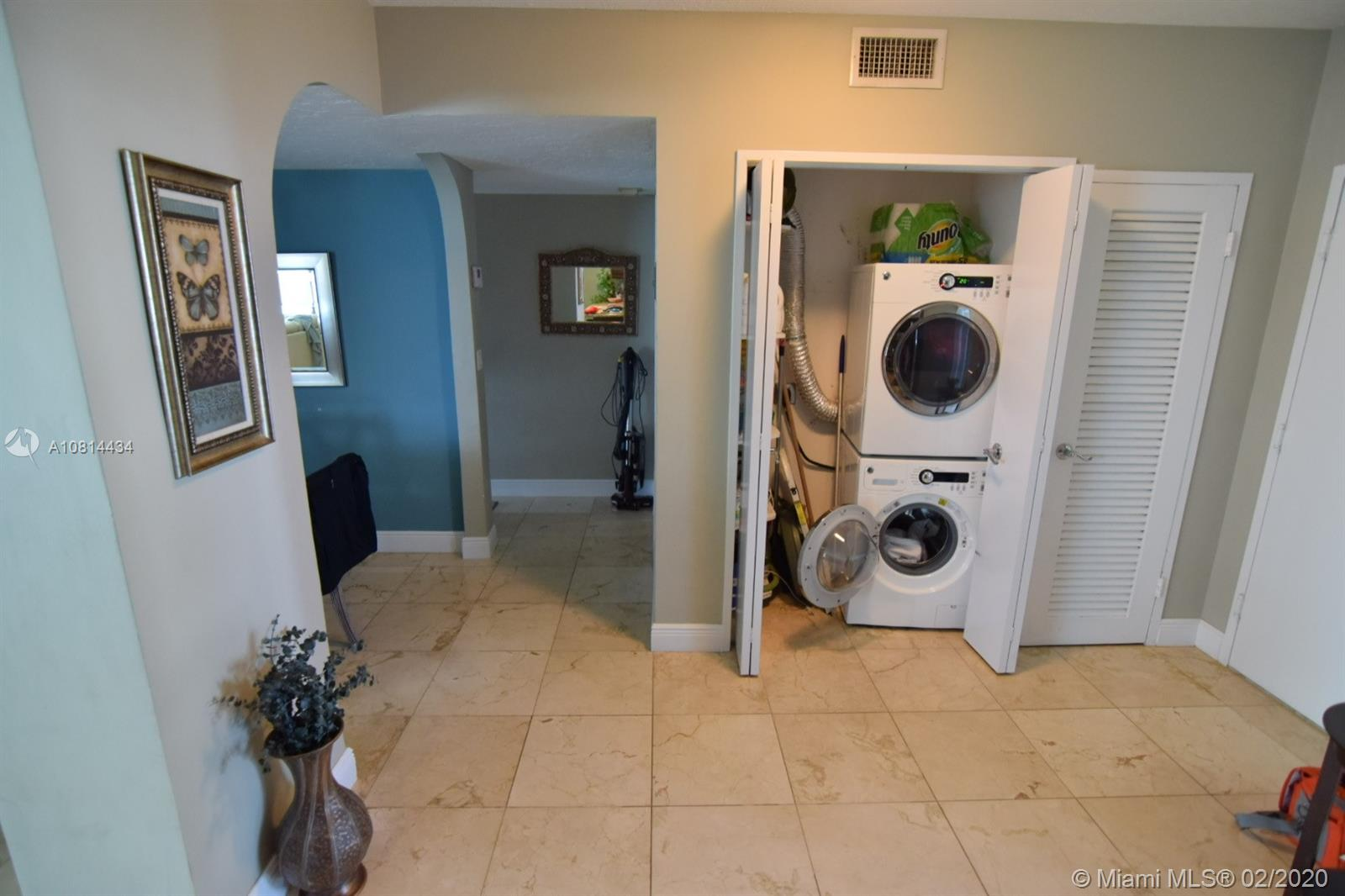 5333 Collins Ave #801 photo07