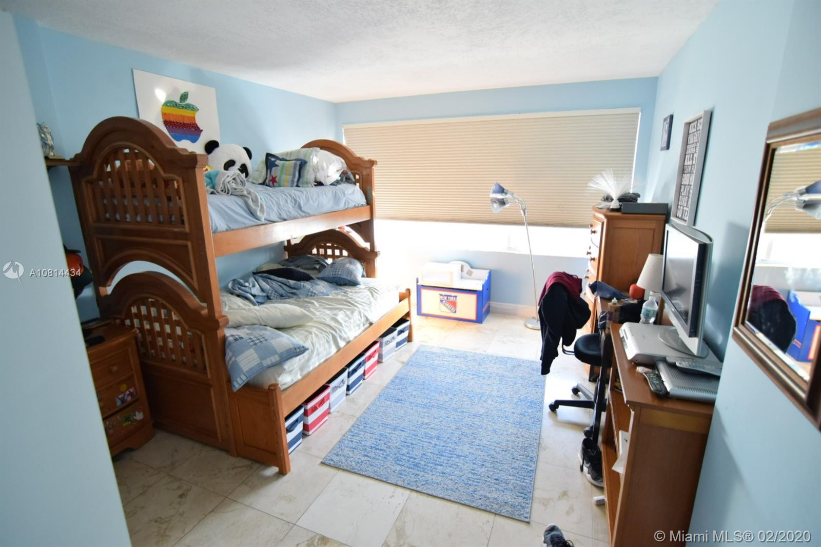 5333 Collins Ave #801 photo014