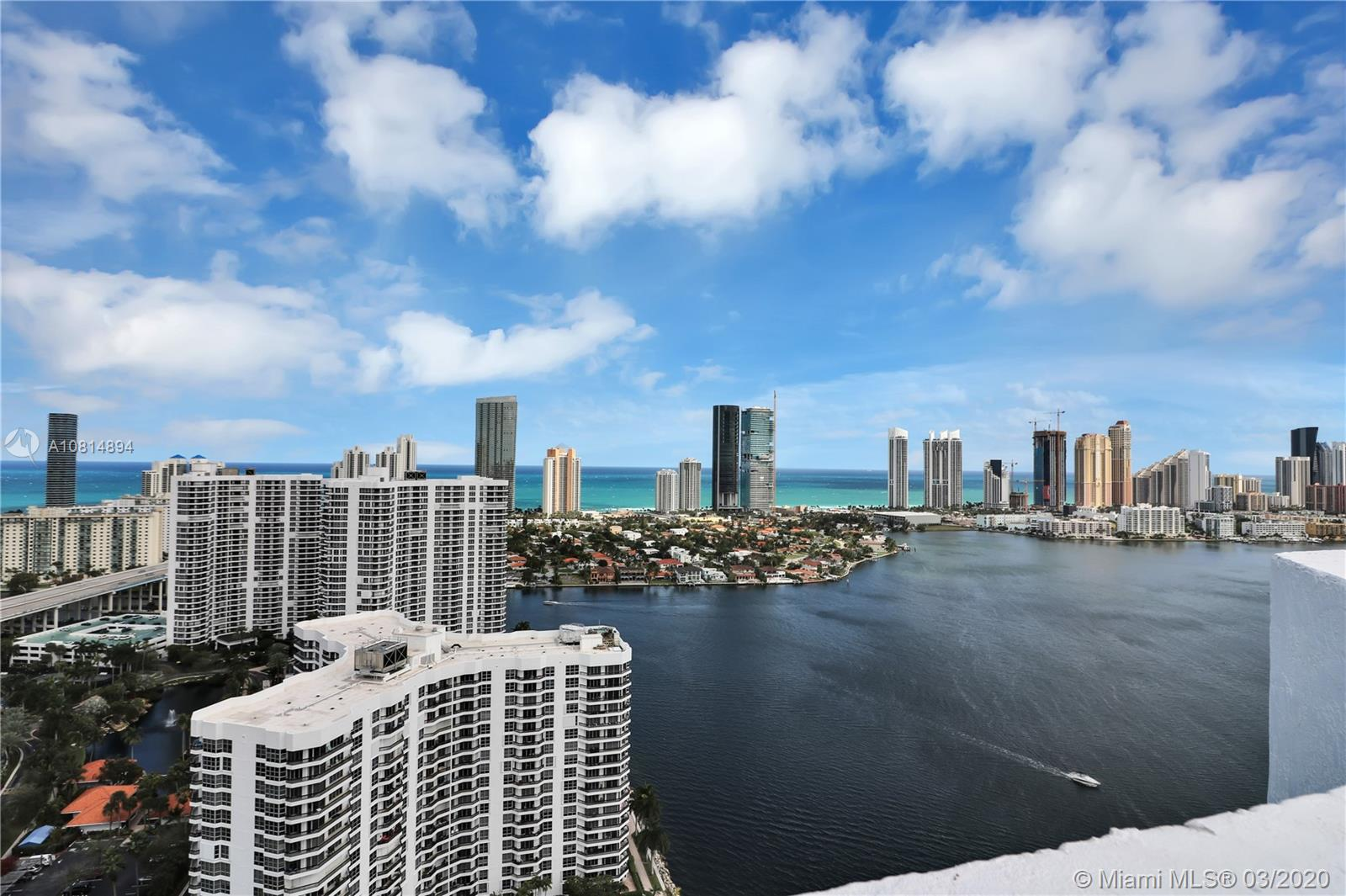 Mystic Pointe Tower 500 #PH14 - 3530 Mystic Pointe Dr #PH14, Aventura, FL 33180