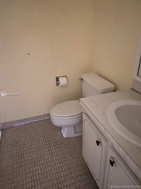 3675 N Country Club Dr #1107 photo09