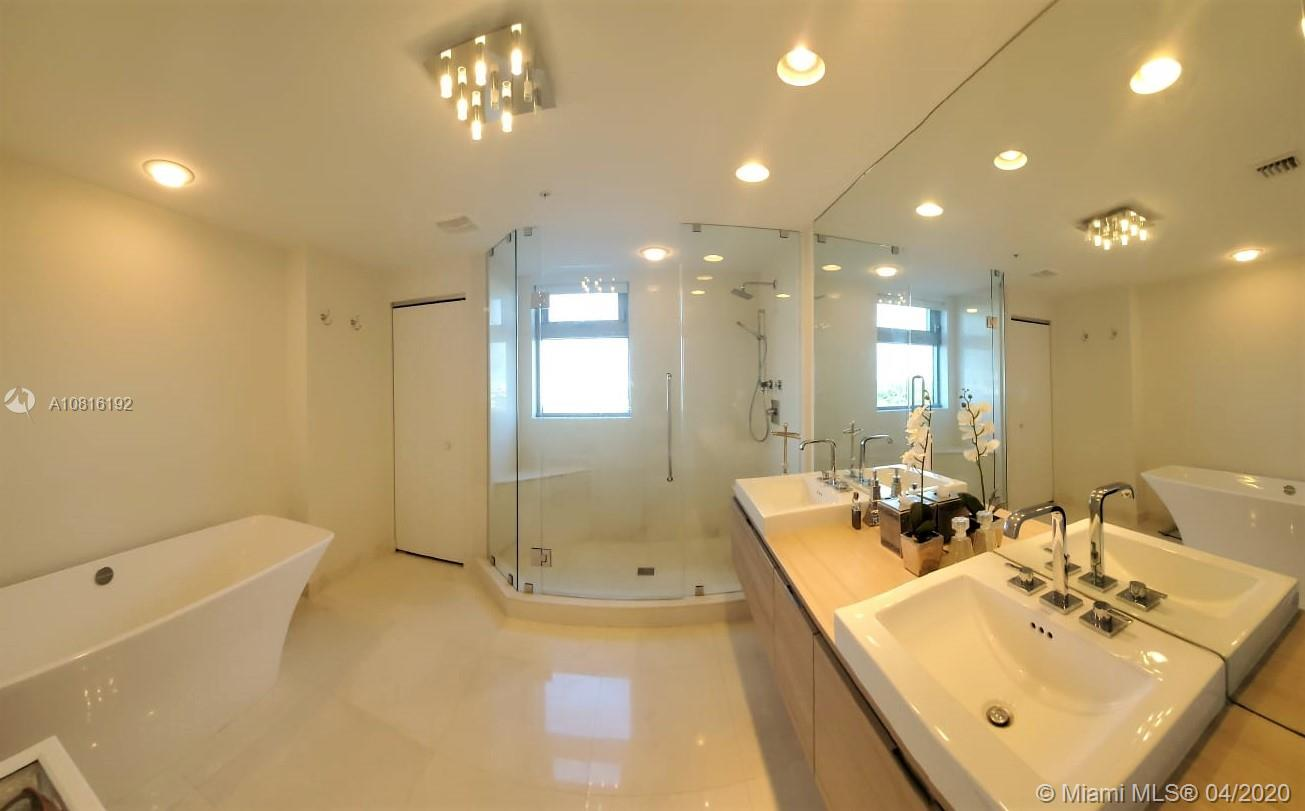 17301 Biscayne Blvd #608 photo013