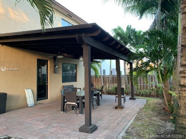 9832 NW 87 terrace photo018