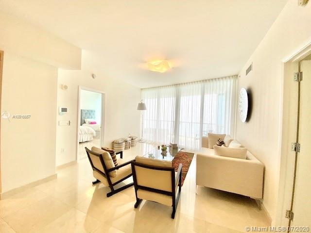 17121 Collins Ave #3506 photo02