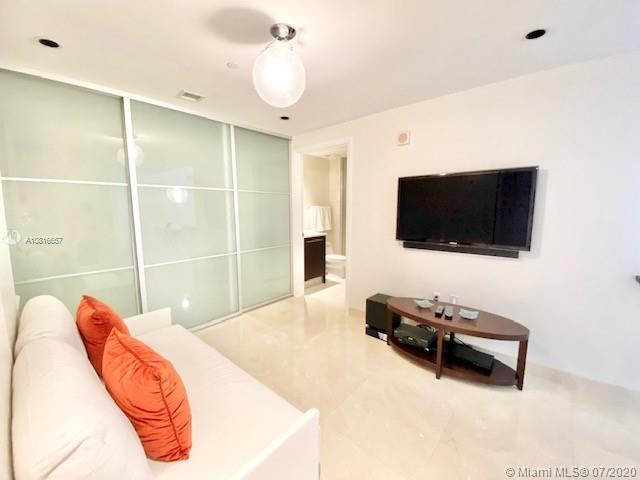 17121 Collins Ave #3506 photo013