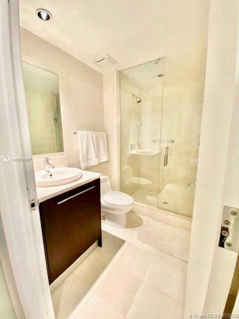 17121 Collins Ave #3506 photo014
