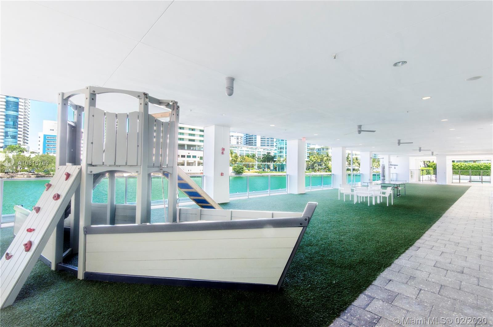 Photo of 6101 Aqua Ave #802 listing for Sale