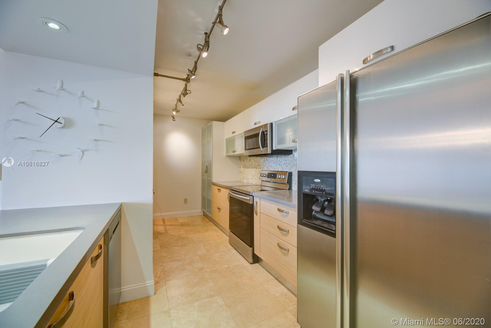 540 Brickell Key Dr #806 photo012