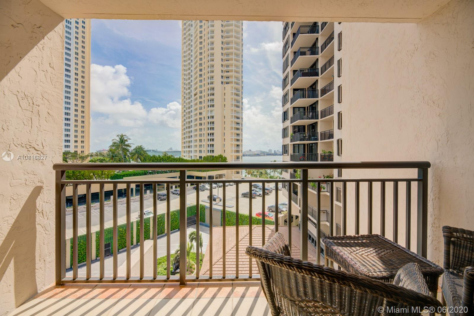 540 Brickell Key Dr #806 photo024