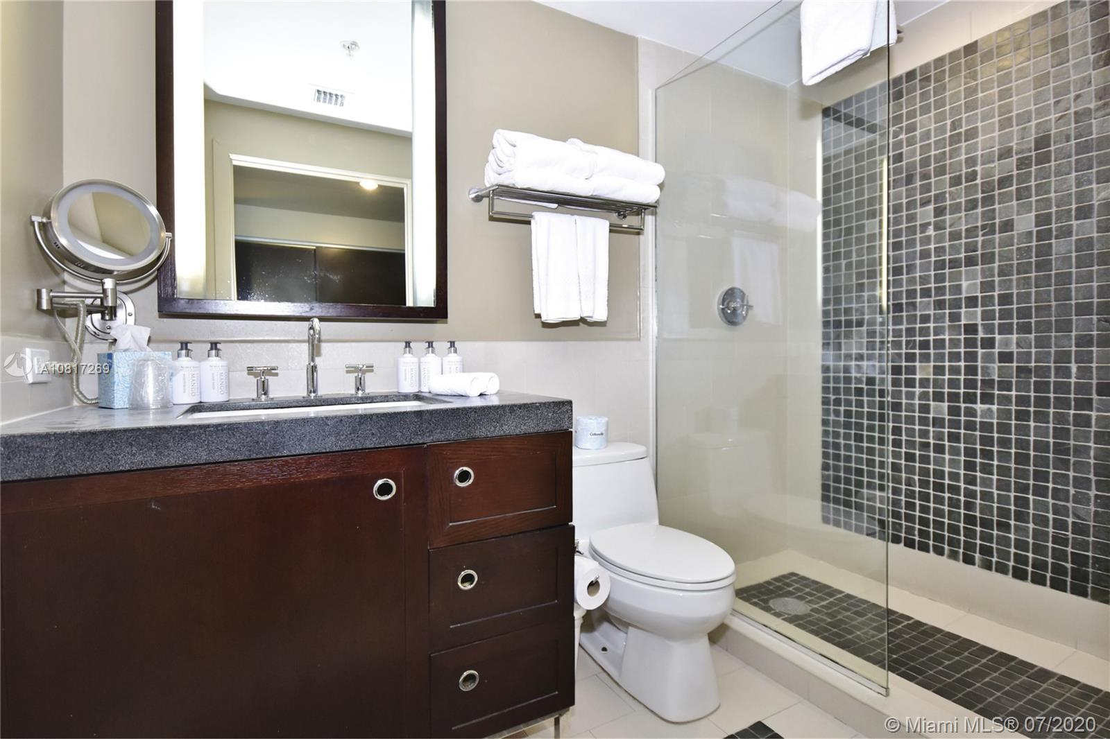 17315 Collins Ave #2203 photo09