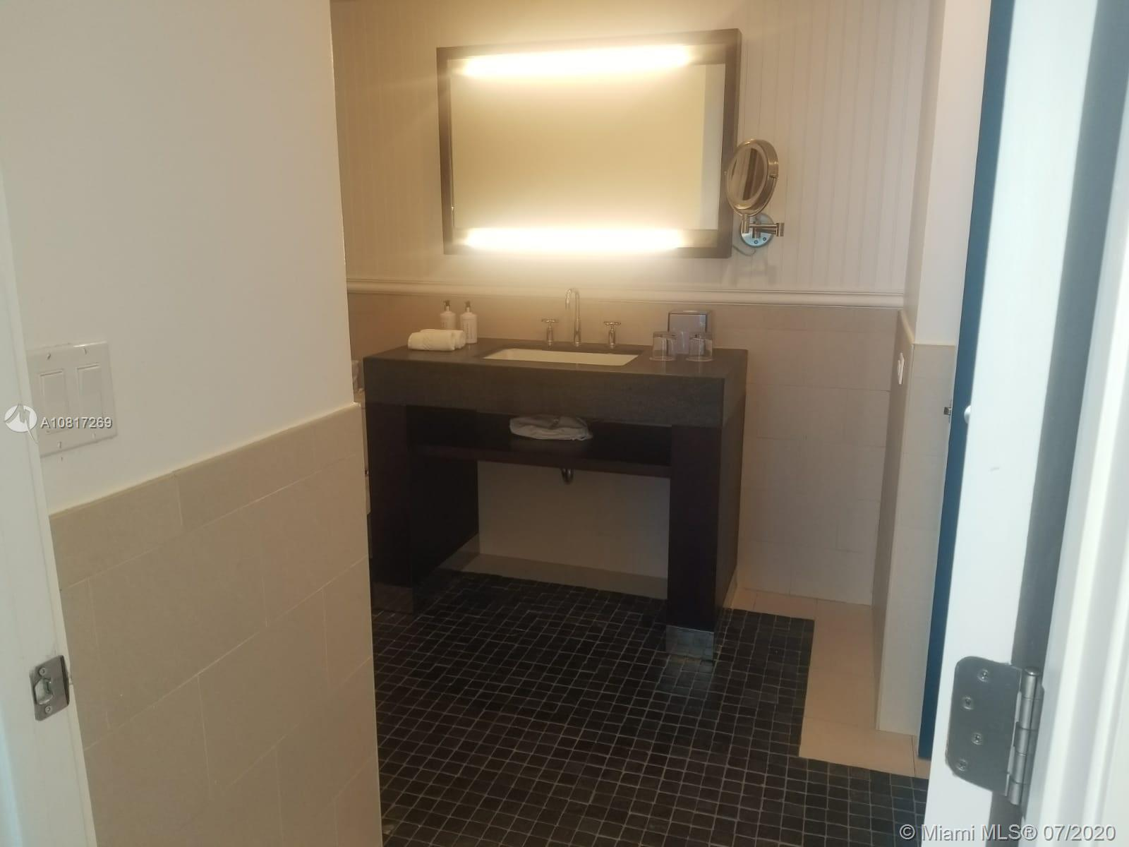 17315 Collins Ave #2203 photo038