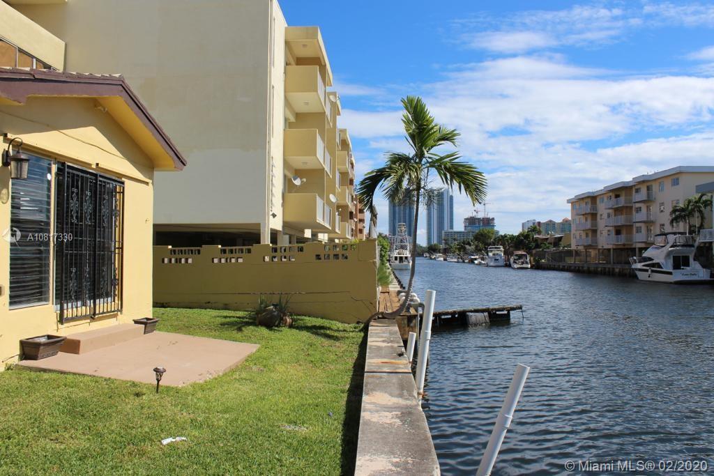 3666 NE 168th St - North Miami Beach, Florida