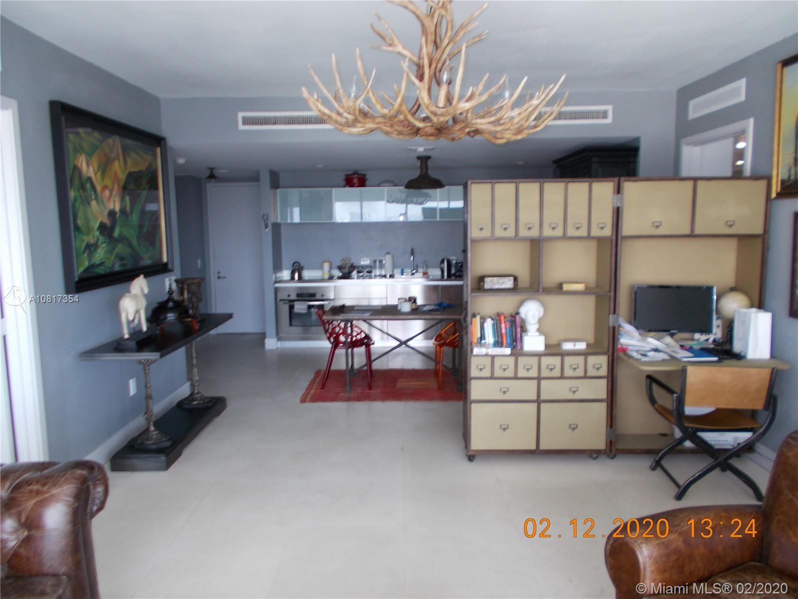 1040 Biscayne Blvd #2007 photo01