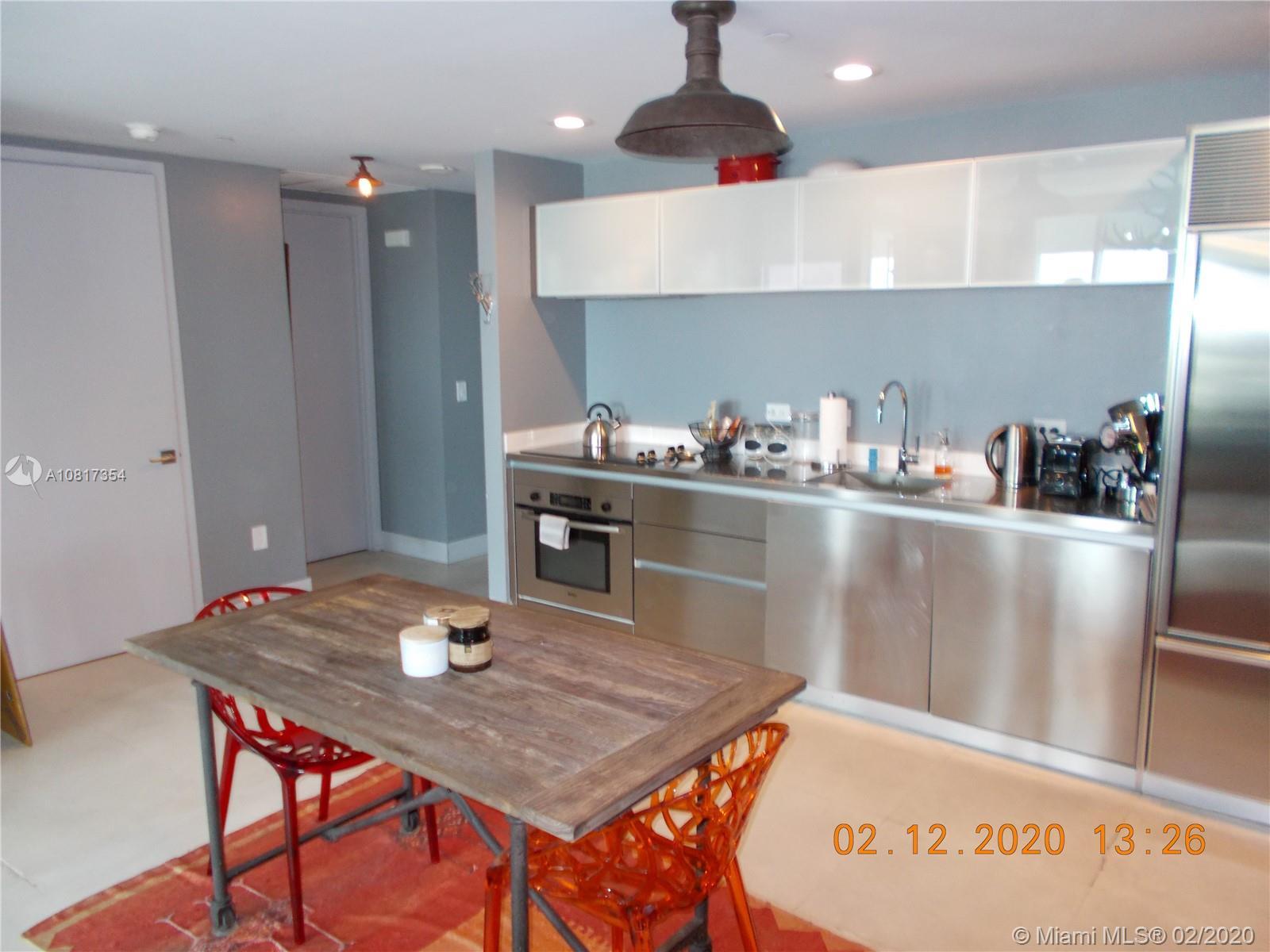 1040 Biscayne Blvd #2007 photo04