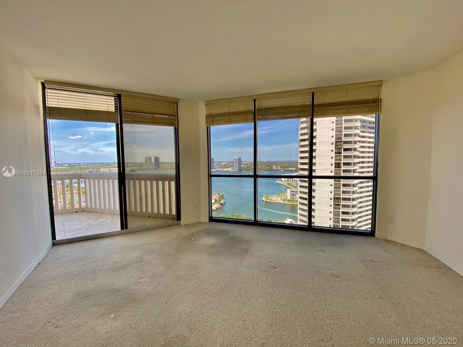 Photo of 2000 Island Blvd #2207 listing for Sale