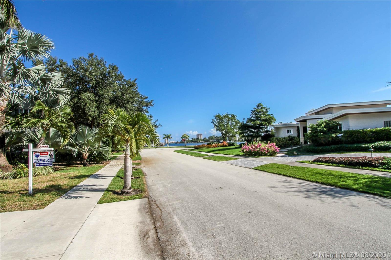 Photo of 1239 Jackson St # listing for Sale